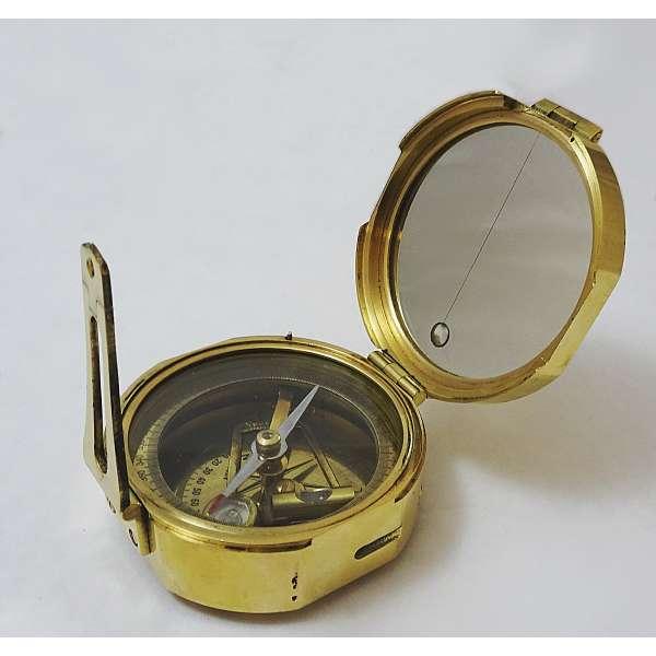 Maritimer Peilkompass aus Messing in messingbeschlagener Holzbox Kompass