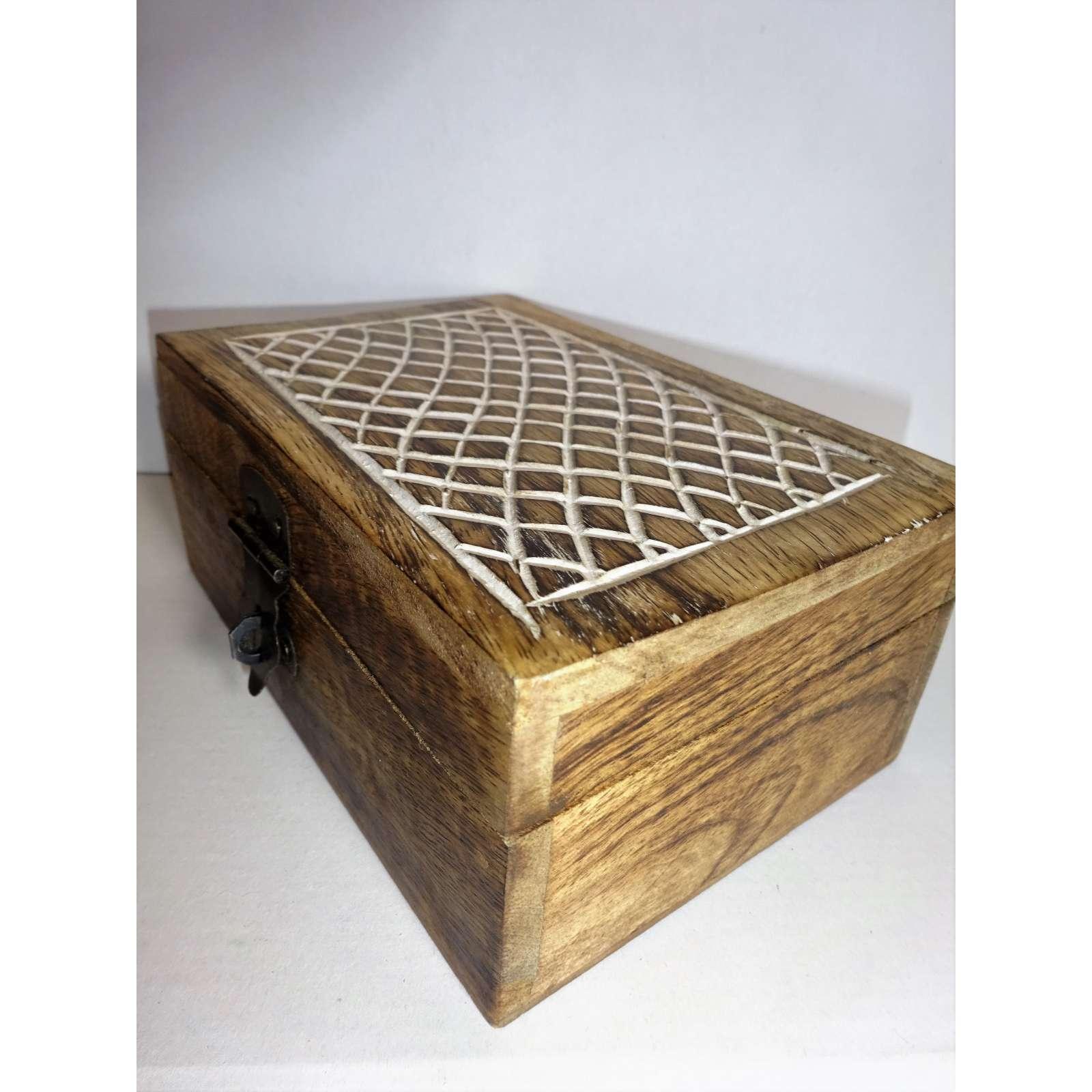 Holz Schatulle für kleine Dinge 15x10cm Truhe Schmuck Kästchen Aufbewahrung