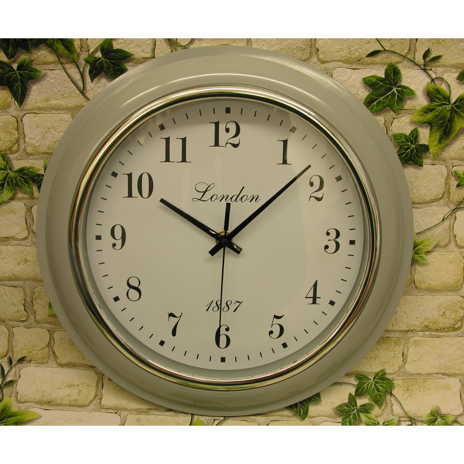 horloge murale londres gris 32cm horloge de gare montre de bureau design r tro ebay. Black Bedroom Furniture Sets. Home Design Ideas
